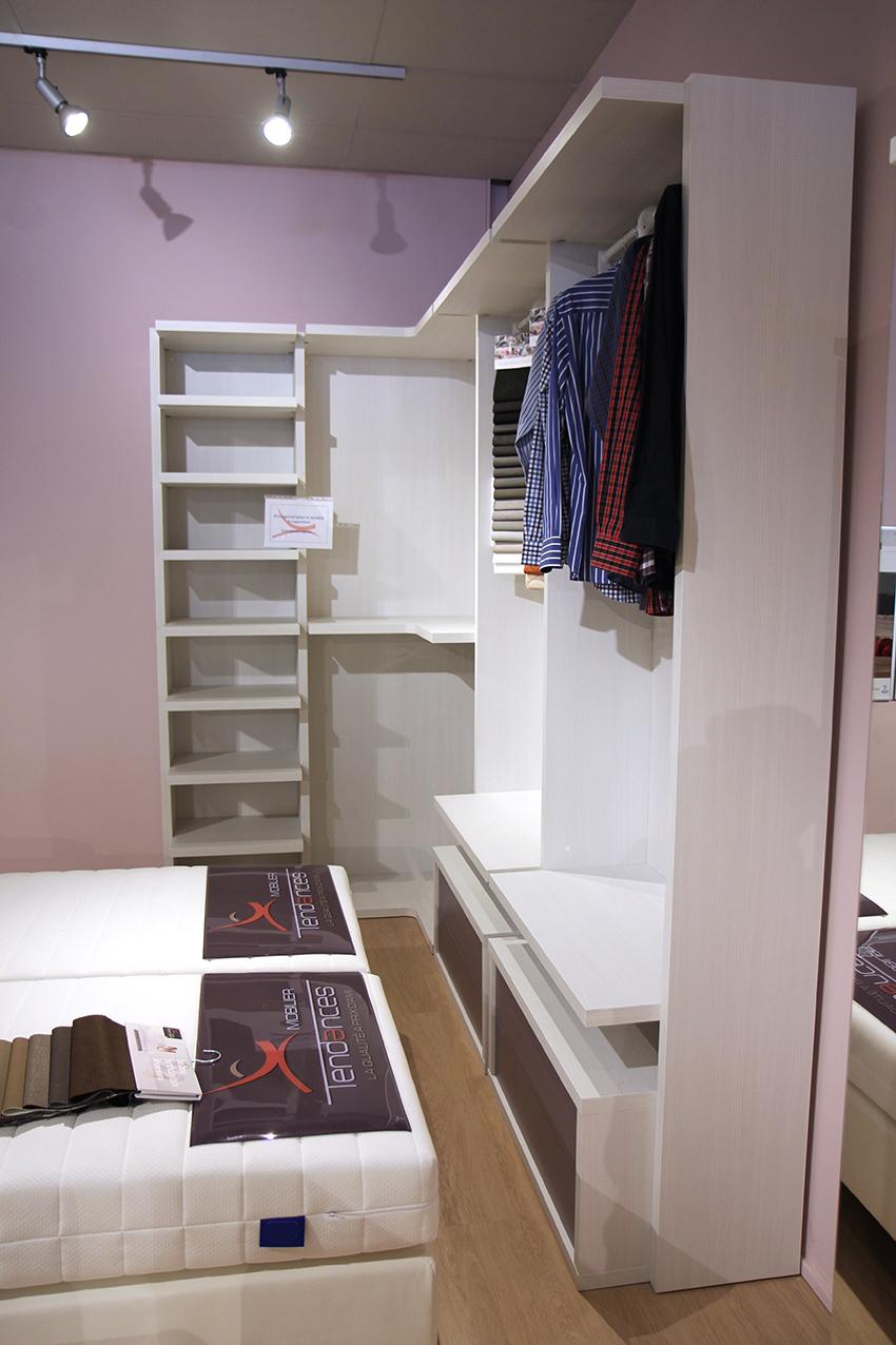 Dressing en hauteur room dressing garderobe dressing hauteur armoire penderie conforama - Chambre avec dressing ouvert ...